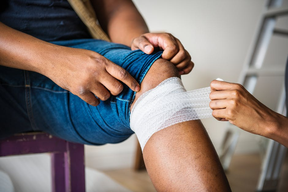 Life After a Knee Injury: Are You Ready to Get Back in the Gym? - The Gym Las Vegas