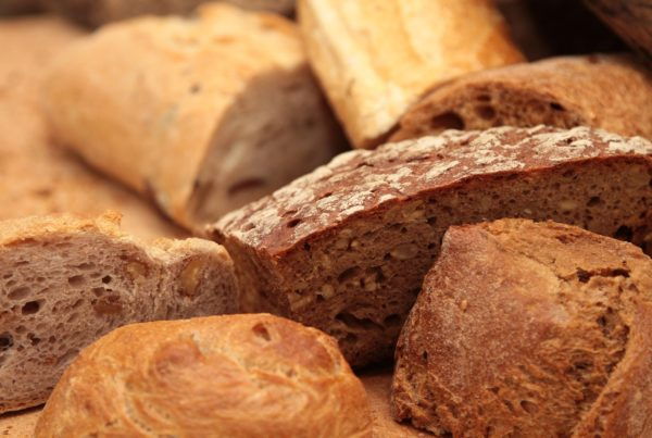 Nutrition Minute: What's the Difference Between Whole vs Refined Grains - The Gym Las Vegas