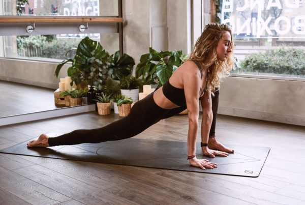 What Is Static Stretching and Is It Safe to Do Before a Workout? - The Gym Las Vegas